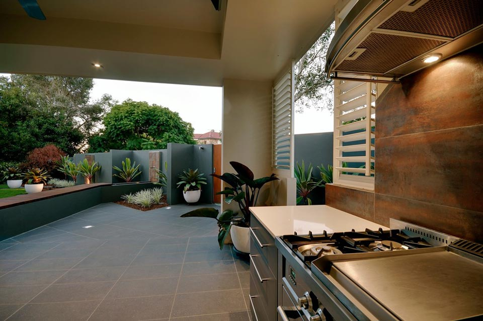 Great outdoor kitchens gocabinets online cabinetry for Great outdoor kitchen ideas