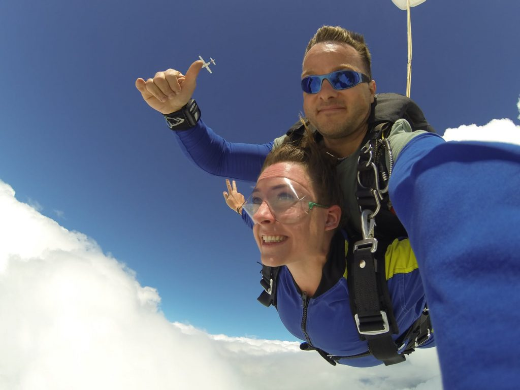 skydiving photo, man and woman